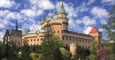 Najkrajší zámok na Slovensku :) #bojnice #slovakia #castle #love #nature #history https://www.zlavomat.sk/zlava/560517-wellness-pobyt-v-hoteli-sportcentrum-bojnice