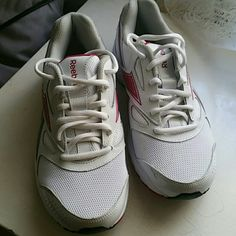 Reebok Sneakers (nwot ) New never worn, mint condition Reebok Shoes Athletic Shoes