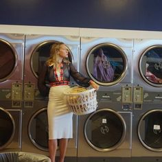 My Beautiful Laundrette, Laundry Shoot, Art Poses, Bff Pictures, Aesthetic Vintage, Picture Poses, Aesthetic Pictures, Portrait Photography, Vintage Outfits