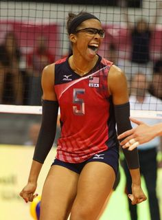 Rachel Adams#volleyball Usa Volleyball, Female Volleyball Players, Volleyball Shorts, Usa Sports, Sports Stars, Sports Women, Athletic Models, Female Pose Reference, Girls Gallery