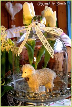 Glass cloche with lamb