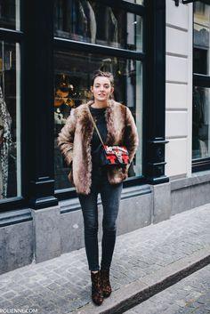 POLIENNE | wearing a LA REDOUTE faux fur, PINKO love bag, ACNE knit, LEVI'S skinny jeans & RIVER ISLAND leopard boots in Antwerp