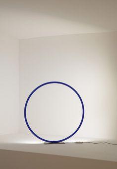 Catellani & Smith - Lampada Sorry Giotto 1   Design: Enzo Catellani   Anno: 2013   Materiali: Rame verniciato   #design #blu #lamp @Gianfranco Catellani & Smith   http://illuminazione.webmobili.it/
