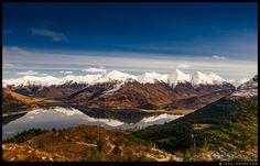 Güzel buzlu zirveleri, harika renkler ve yansıması  ♥♥♥ Beautiful icy peaks and great colours. Lovely reflection