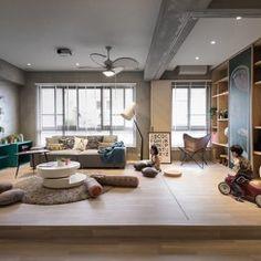 Apartamento com muito espaço para as crianças brincarem