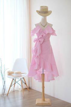 Baby Pink Dresses, Blush Dresses, Day Dresses, Flowy Bridesmaid Dresses, Bridal Dresses, Backless Cocktail Dress, Beautiful Cocktail Dresses, Simple Summer Dresses, One Piece Dress