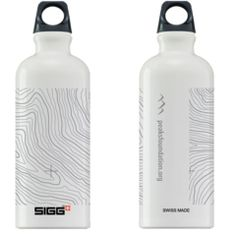 $25  Peaks SIGG Water Bottles    Get your hands on our fantastic new SIGG aluminum water bottle! The 0.6L modern classic SIGG reusable water bottle is a perfect blend of functionality and design. This reusable water bottle is coated with an opaque white non-toxic paint. Made in Switzerland, the SIGG traveler features an EcoCare liner. SIGG's EcoCare liner is made from BPA-Free and Phthalate-Free ingredients and ensures a fresh, clean taste every time.