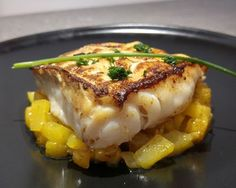 Cod back with caramelized mangos - Venturino - - Dos de cabillaud aux mangues caramélisées Cod back with caramelized mangos – Ingredients: 4 cod back, 2 mangoes, 4 tbsp. honey, 25 grams of butter, Juice of a lemon Fish Recipes, Seafood Recipes, Paleo Recipes, Cooking Recipes, Chefs, Mango, Fish Dishes, Good Food, Yummy Food