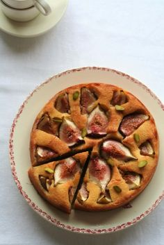 """""""The cake of figs"""" Maki Hatta's direct biography! Plenty of seasonal fruits and skins are baked in – Cake Types Sweets Recipes, Cake Recipes, Cooking Recipes, Types Of Cakes, Asian Desserts, Fruit In Season, Cafe Food, Food Photo, Food Pictures"""