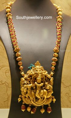 Antique temple jewellery Designs: Krishna Long Set / Haaram with Pink Beads Indian Jewellery Design, Latest Jewellery, Jewelry Design, India Jewelry, Temple Jewellery, Pendant Jewelry, Silver Jewelry, Antique Jewelry, Locket Design