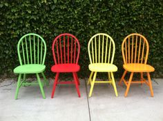 Set Of 4 Vintage Spindle Chairs Painted Wood Eco