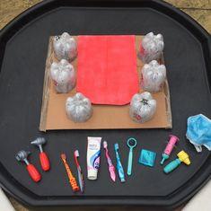 Parties & Play Days: Trip to the Dentist tuff tray activity Eyfs Activities, Nursery Activities, Health Activities, Preschool Activities, Kindergarten Fun, Preschool Class, Tuff Spot, Tuff Tray Ideas Toddlers, Dental Health