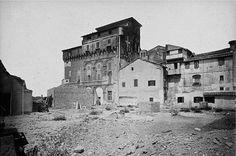 Torre di Paolo III (sconosciuto, 1890 ca) Edifici demoliti sul Campidoglio per la costruzione del Vittoriano. La Torre era a fianco della Basilica di Santa Maria in Ara Coeli.