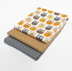 Lot de 3 coupons 50 cm x 50 cm tissu hiboux jaune par NadegeTissus