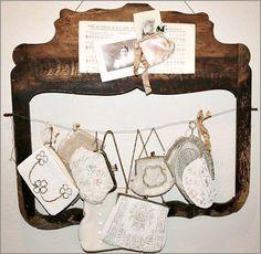 love vintage purses !