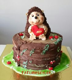 Hedgehog cake covered with chocolate ganache and sugarpaste. Sonic Birthday Cake, Sonic Cake, Cupcakes, Cupcake Cakes, Sonic Kuchen, Sonic The Hedgehog Cake, Chocolate Sponge Cake, Chocolate Ganache, Animal Cakes