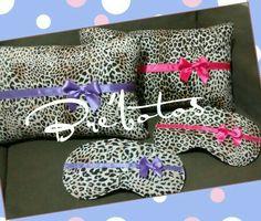 Almofadas e máscaras para dormir