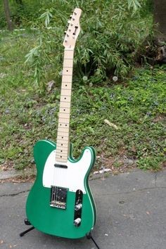 Hahn Guitars Model 228 Copper Green Metallic