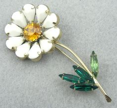 Weiss Flower Brooch - Garden Party Collection Vintage Jewelry