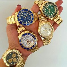 THE WONDERFUL WORLD OF ROLEX !!! ------------------------------------------------------------------- CHOOSE ONE @rolexshow_israel . USED #ROLEXERO IN ALL YOUR PICTS OF WATCHS NOT ONLY ROLEX. FOR SHARING WITH ME FOLLOWERS FOR NEW FOLLOWERS GOOD NIGHT TO ALL !!! #D_ROLEXERO by d.rolexero
