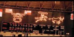 Old scoreboard in the Astrodome. That was pretty high-tech for the times! Baseball Scoreboard, Metal Baseball Cleats, Braves Baseball, Football, Houston Architecture, Loving Texas, Galveston, Good Ol, Houston Astros