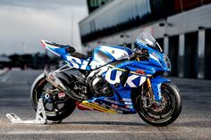 Suzuki GSX-R1000 World Endurance Race Bike Photos