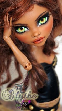 ~Blythe~ Monster High 17 inch Clawdeen repaint by RogueLively on DeviantArt – My WordPress Website Custom Monster High Dolls, Monster Dolls, Monster High Repaint, Custom Dolls, Doll Face Paint, Doll Painting, Bjd, Personajes Monster High, Homemade Face Paints