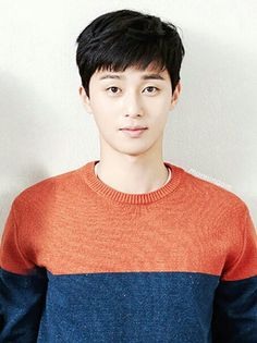 Looks like an id photo of Park Seo Joon Korean Celebrities, Korean Actors, Baek Jin Hee, Lee Jung Suk, Park Seo Joon, Most Beautiful Faces, Korean Model, Asian Men, Korean Drama