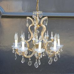 Victorian style chandelier on thearhitecturalforum.com