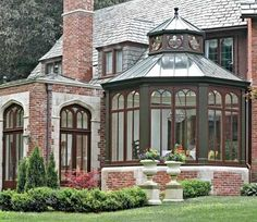Love the shape of this sunroom