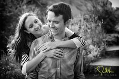 Red Rocks Engagement Photos – Vanessa and Steve