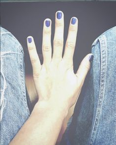 This kind of blue! Short nails! #nails #style #jeans #navy #blue #hand #fashion #woman #girl #womansworld #art #nailart