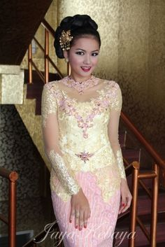 Kebaya Modern wedding dress Indonesia.Keaya Modern dress 2015,kebaya modern Bali,kebaya wedding,bridal kebaya,embroidery kebaya wedding.more at http://www.jayakebaya.com