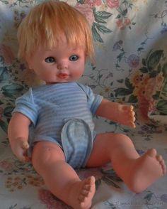 Muñeco Baby Mocosete de Toyse Curious Cat, Old Toys, Cute Dolls, Vintage Dolls, Baby Dolls, Nostalgia, Mini, History, Antique Dolls