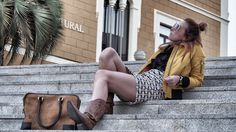 vestido sixty almatrichi y bomber amarilla de cuello de pelo Fashion Blogger www.normcoregirl.com @normcoregirl