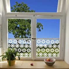1000 images about la deco pour les vitres on pinterest for Film decoratif pour fenetre