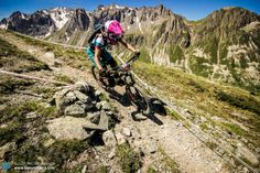Yeti Rider Hannah Barnes enjoying the high alpine singletrack! Hannah Barnes, Mountain Biking Women, Electric Tricycle, Racing News, Cycling Outfit, Mountaineering, Rock Climbing, The Great Outdoors, Bike
