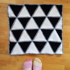 Virkattu kolmio (x200) - Pientä kivaa