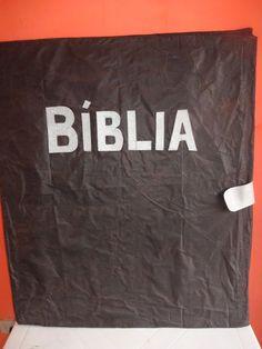 Logo que a criança for apresentada à versão integral da Bíblia (de preferência a Nova Tradução na Linguagem de Hoje - NTLH), ela deve apren...