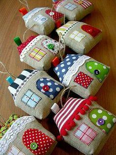 Decorative pillow models, # decorative pillow cases - The Be .- Dekorative Kissenmodelle, # dekorative Kissenbezüge – The Best Latex Mattresses Decorative pillow models, # Decorative pillow cases – # Decorative # pillow cases # Pillow models - Kids Crafts, Felt Crafts, Diy And Crafts, Craft Projects, Kids Diy, Decor Crafts, Christmas Sewing, Christmas Crafts, Christmas Ornaments