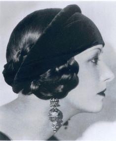 1920s ahirstyle - Natacha Rambova, fashion and movie set designer.  Cootie Garage hairstyle with headwrap.