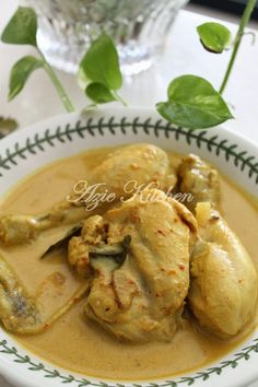 Azie Kitchen: Masak Gulai Lemak Ayam Malaysian Cuisine, Malaysian Food, Duck Recipes, Asian Recipes, Ethnic Recipes, A Food, Good Food, Food And Drink, Chicken Recepies