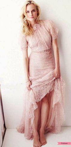 Diane Kruger in pink!