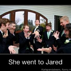 Awesome picture for the groom and groomsmen!!! LOL