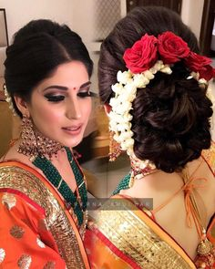 Flowers In Hair Indian Hairstyles 19 Super Ideas Indian Bun Hairstyles, Saree Hairstyles, Indian Wedding Hairstyles, My Hairstyle, Casual Hairstyles, Bride Hairstyles, Bridal Hair Buns, Bridal Hairdo, Wedding Hair Flowers