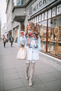 Here is Dinner Outfit Ideas Gallery for you. Dinner Outfit Ideas 7 sexy date night outfits that will impress the trend spotter. Winter Outfits For Teen Girls, Casual Winter Outfits, Fall Outfits, Kids Outfits, Tween Fashion, Fashion 101, Fashion Outfits, Petite Fashion, Fashion Bloggers