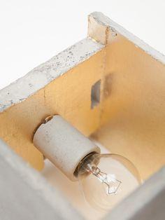 [B3] Wandlampe quadratisch Beton Gold – GANTlights