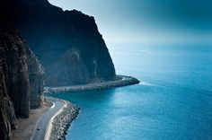 Oman | Coastal Highway, Musandam. view on Fb https://www.facebook.com/OmanPocketGuide credit: Ashwin G Rao #oman #traveltooman