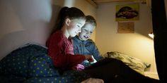 Hjerneforsker Albert Gjedde er bekymret for, hvordan det påvirker børns hjerne, at de bruger lang tid foran en iPad.