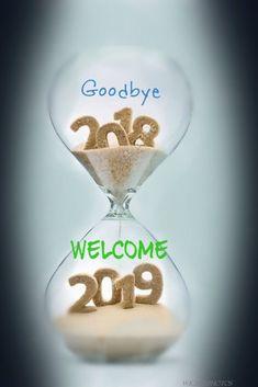 Bonne Année : Description Au revoir 2018 Bienvenue 2019 Nouvel An Photos. Happy New Year Images, Happy New Year Quotes, Happy New Year Wishes, Happy New Year Greetings, New Year Greeting Cards, Quotes About New Year, Happy New Year 2019, New Year Card, Merry Christmas And Happy New Year